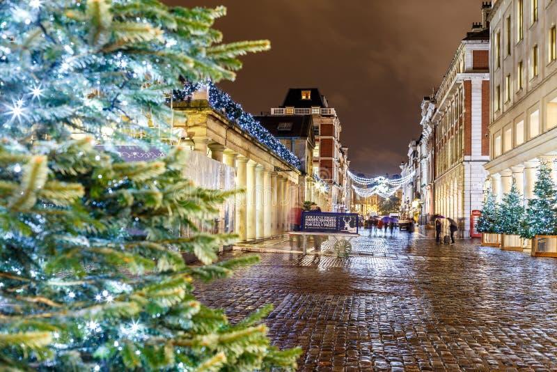 Luci di Natale 2016 nel giardino di Covent, Londra immagine stock libera da diritti