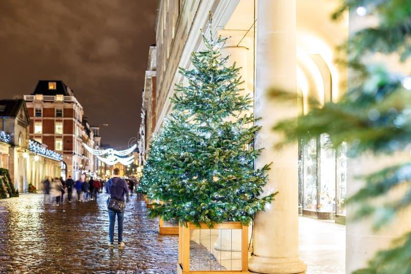 Luci di Natale 2016 nel giardino di Covent, Londra fotografia stock