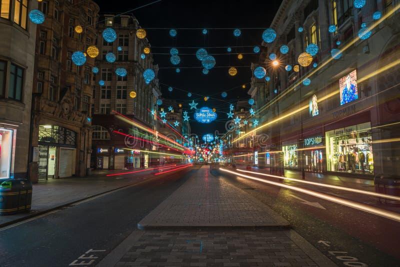 Luci di Natale sulla via di Oxford, Londra Regno Unito immagini stock libere da diritti