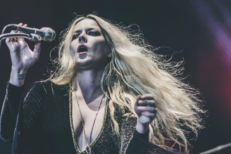 Lucifer, ζωντανή συναυλία 2018 της Johanna Sadonis στοκ φωτογραφίες