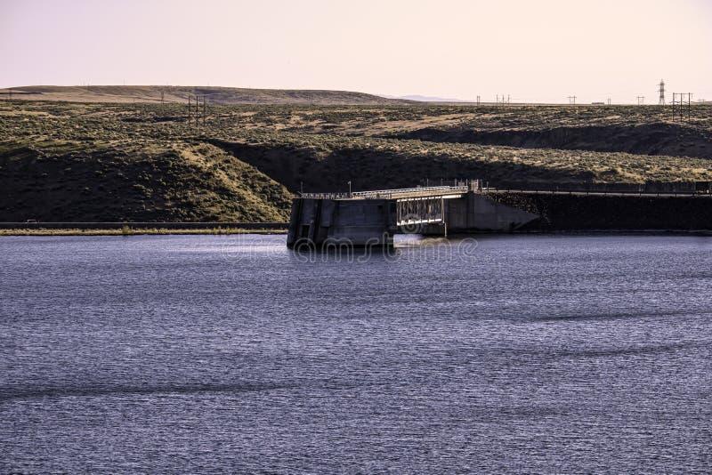 Lucky Peak Dam images stock