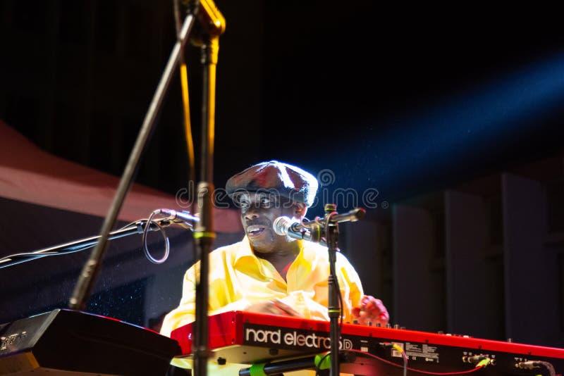 Lucky Peterson, los E.E.U.U. Kriol Jazz Festival imagen de archivo libre de regalías