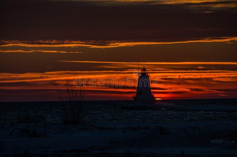 Ludington ljuskontur på solnedgången fotografering för bildbyråer