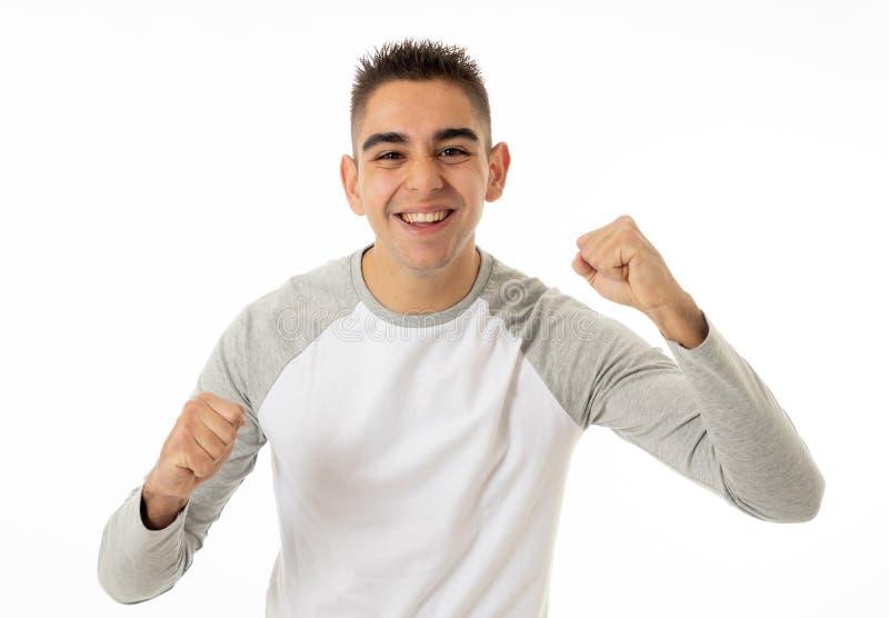 Ludzcy wyrażenia i emocje młody atrakcyjny mężczyzna ono uśmiecha się z szczęśliwą twarzą odizolowywającą na bielu zdjęcia stock