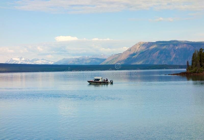 Ludzie łowi w Yukon terytorium obrazy royalty free