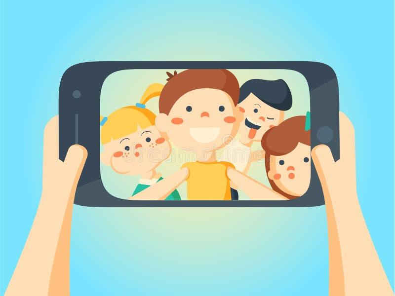 Ludzie Bierze Selfie Przyjaciele i dziewczyna dzieciaki robi fotografii zdjęcia stock