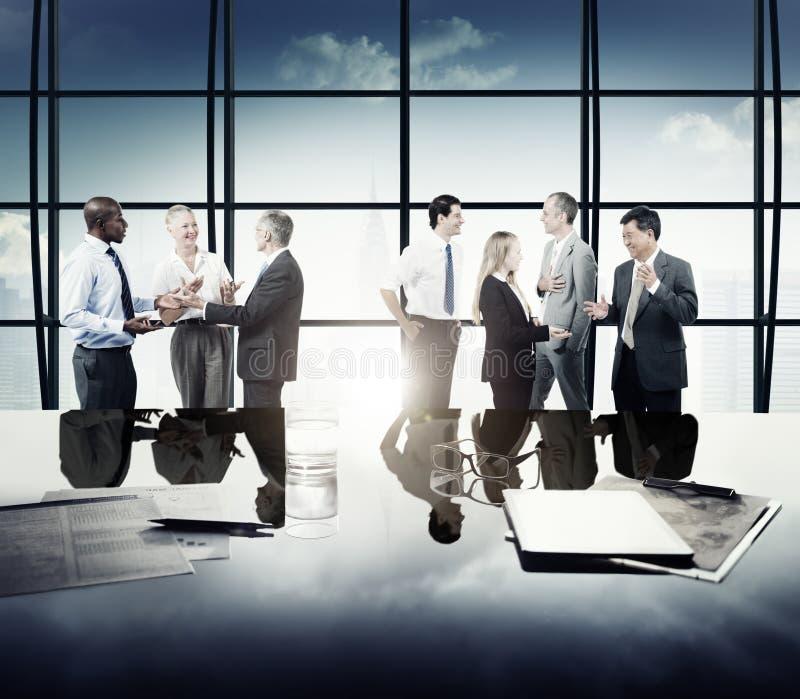 Ludzie Biznesu Korporacyjnego Drużynowego dyskusi spotkania pojęcia zdjęcia stock