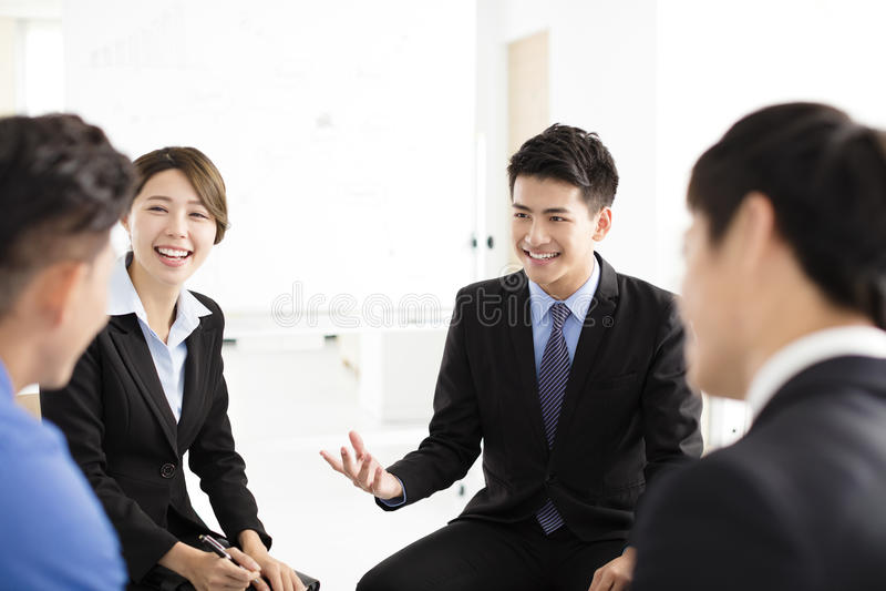 Ludzie Biznesu Korporacyjnej komunikaci spotkania w biurze obraz stock