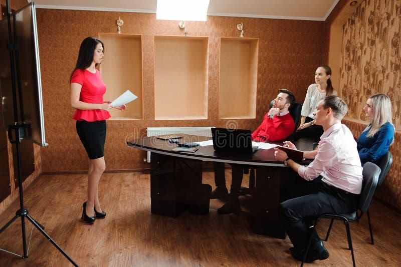 Ludzie Biznesu Spotyka Konferencyjnej dyskusi Korporacyjnego pojęcie fotografia stock