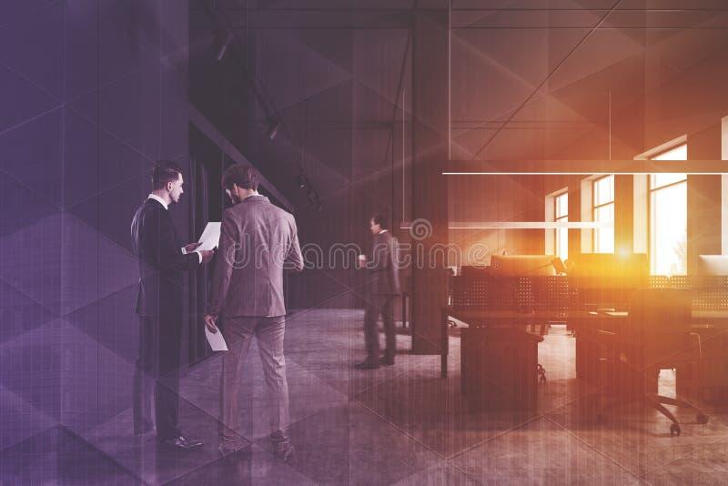 Ludzie biznesu w szarym otwartej przestrzeni biurze zdjęcia royalty free