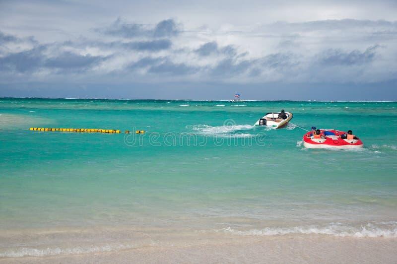 Ludzie cieszą się wakacje na Mauritius obraz royalty free