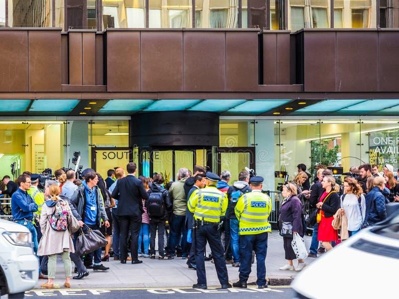 Ludzie czeka Corbyn w Londyn, hdr obraz royalty free