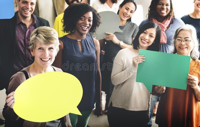 Ludzie Globalnych komunikacj mowy bąbla kopii przestrzeni pojęcia obraz stock
