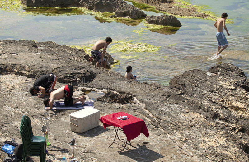 Ludzie kąpać się, Bejrut obraz stock