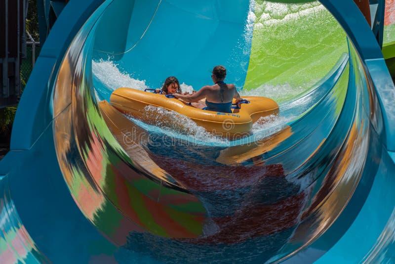 Ludzie ma zabawy Kare Kare kędzior przy Aquatica 1 obrazy royalty free