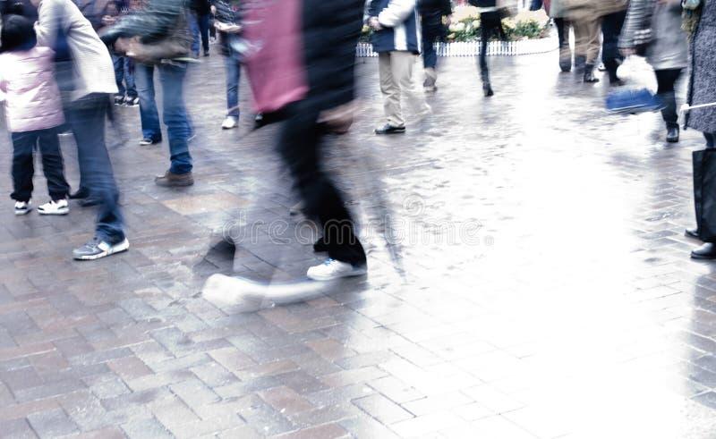 Ludzie na ulicie zdjęcie royalty free
