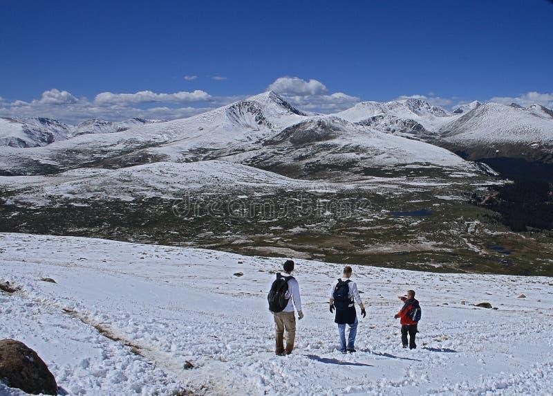 Ludzie pochodzi od góry Bierstadt w Kolorado obraz royalty free