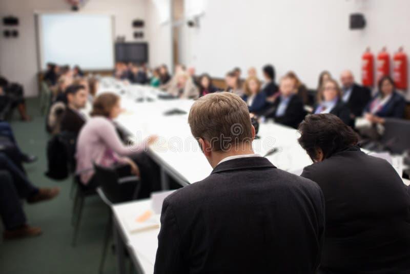 Ludzie przy konferencją obraz royalty free