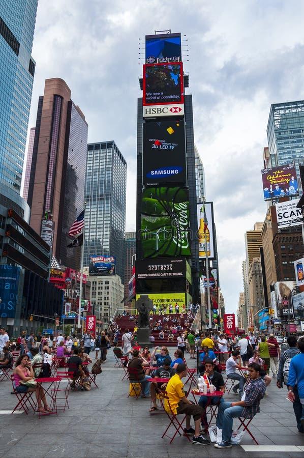 Ludzie przy times square w mieście Nowy Jork, usa obraz royalty free