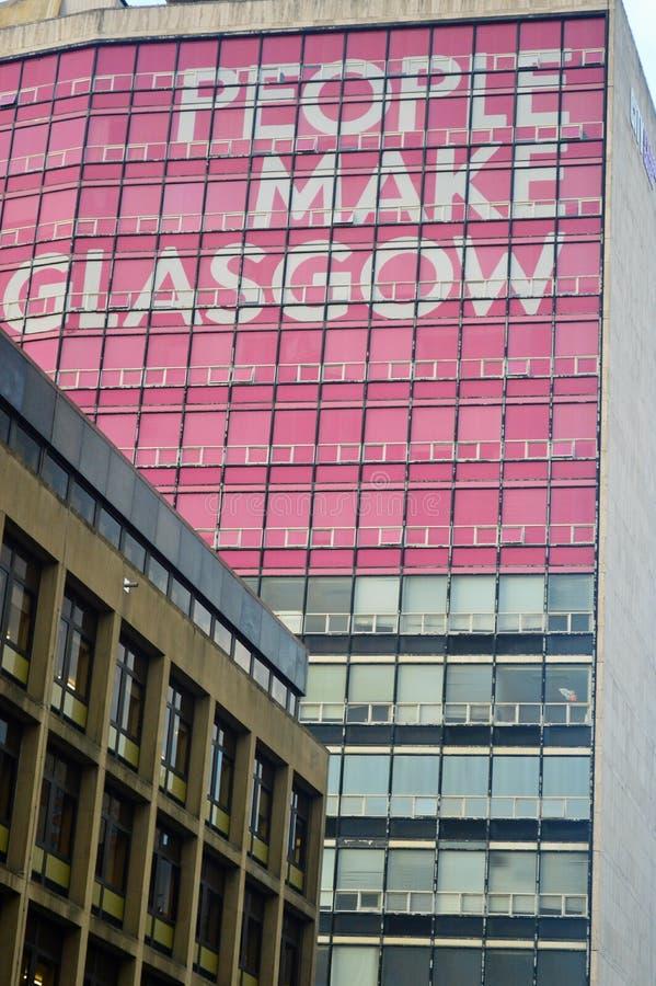 Ludzie robią Glasgow wieżowu zdjęcia royalty free