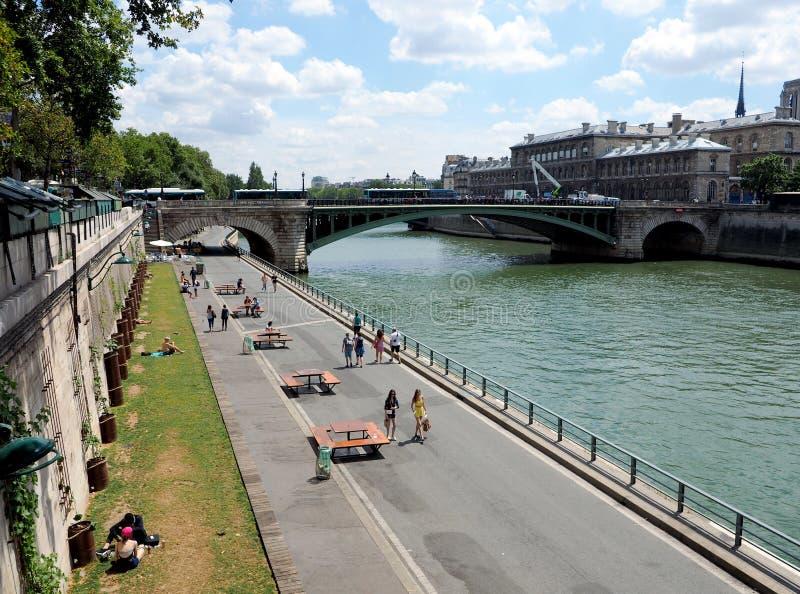 Ludzie spaceru wzdłuż Rzecznego wontonu zdjęcia royalty free