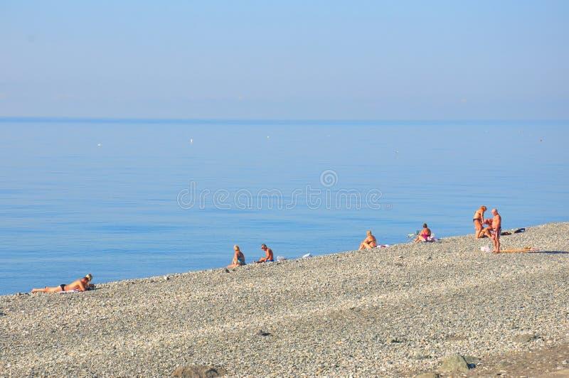 Ludzie sunbathing w Rosja obrazy stock