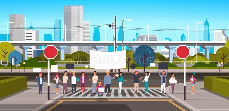 Ludzie tłoczą się mienie megafon na crosswalk miasta nowożytnego ulicznego drapacz chmur w centrum drogowym miastowym pejzażu mie ilustracja wektor