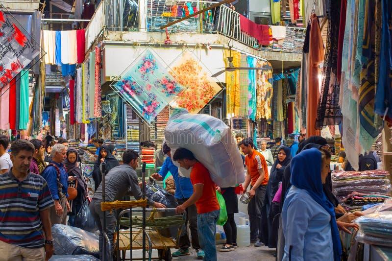 Ludzie Teheran Uroczystego bazaru Iran obraz stock