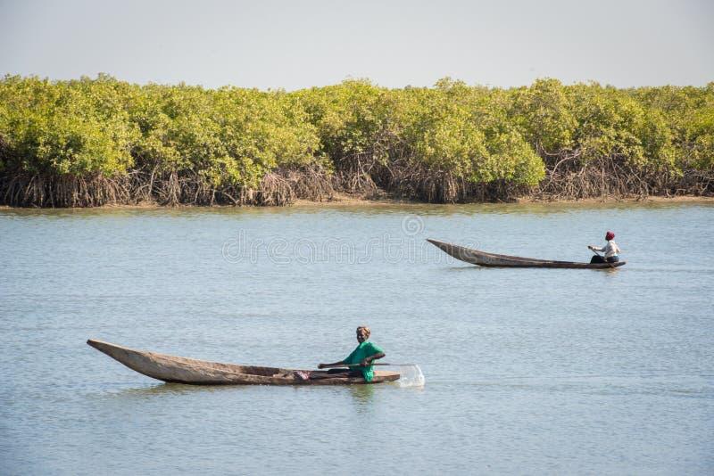 Ludzie w BANJUL, GAMBIA zdjęcie stock