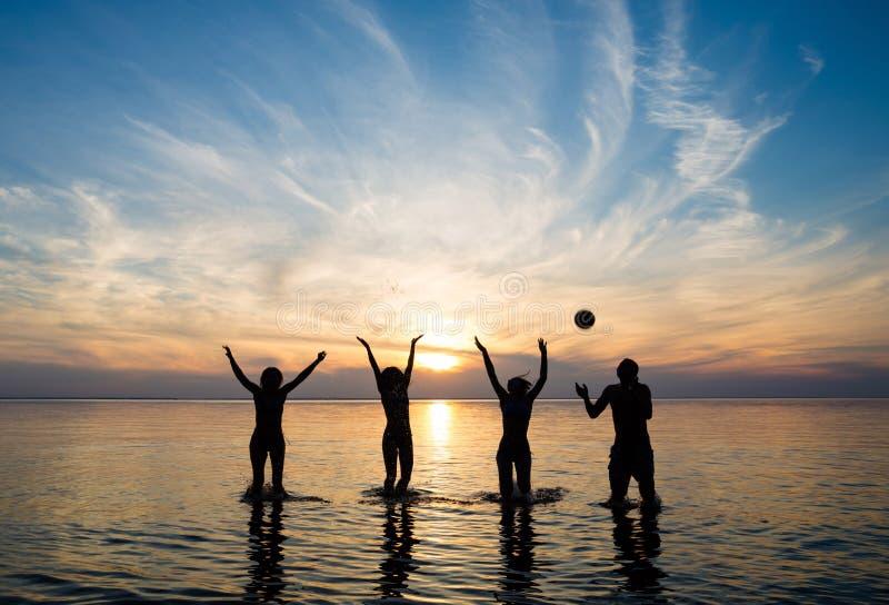 Ludzie w morzu fotografia stock