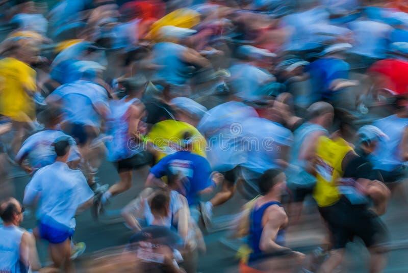 Ludzie w ruchu plamy Paris maratonie France fotografia stock