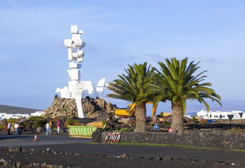 Ludzie wizyta pomnika el Campesino zdjęcia stock