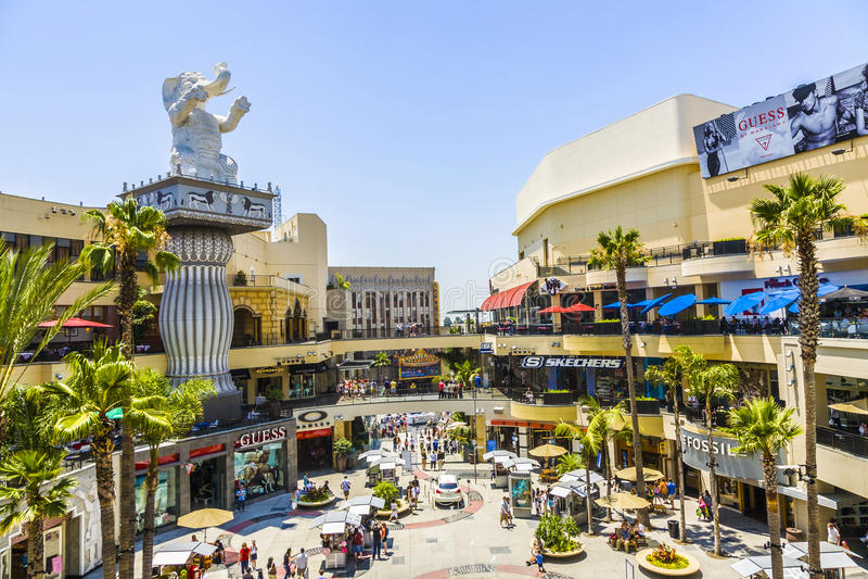 Ludzie wizyty Hollywood i średniogórza centrum zdjęcia royalty free
