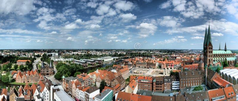 Luebeck panoramautsikt fotografering för bildbyråer