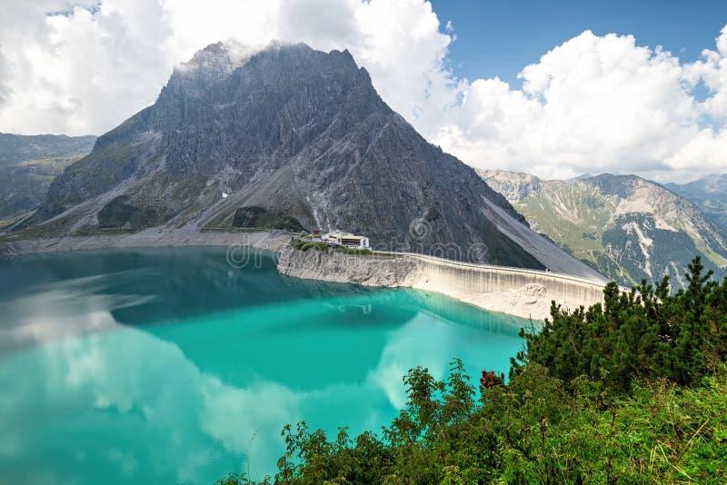 Luenersee in den Raetikon-Bergen, Brandnertal, Vorarlberg, Österreich stockfotografie