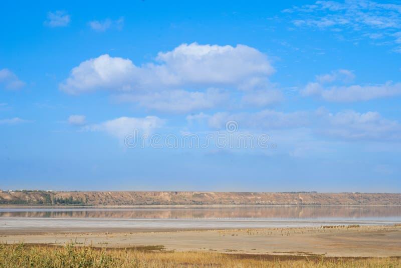 Luft, Land und Wasser lizenzfreie stockfotografie