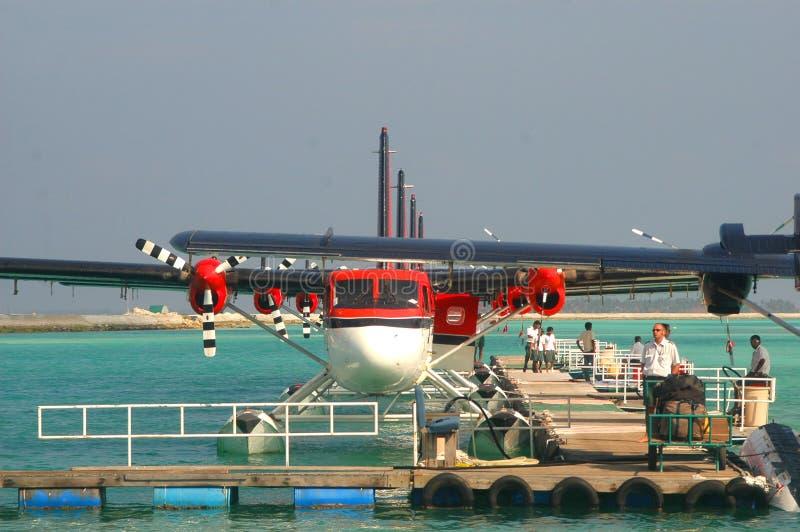 Download Luft maldivian taxar arkivfoto. Bild av rött, motor, rest - 518666
