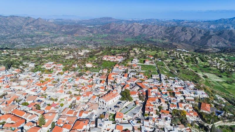 Luft-Pano Lefkara, Larnaka, Zypern stockbilder