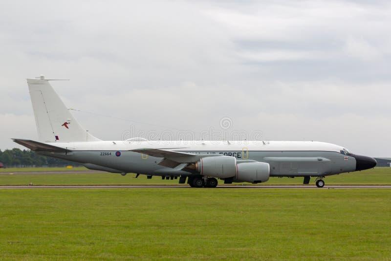 Luft-Sucher-Niet-Gelenk-Aufklärungsflugzeug ZZ664 Royal Air Forces RAF Boeing RC-135W bei RAF Waddington stockfoto