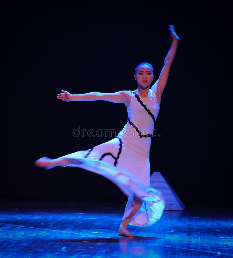 Lufta flöde-ärendet in i denmoderna dans-koreografen Martha Graham arkivbild