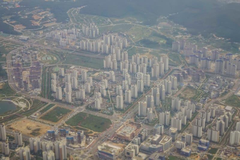 Luftaufnahme der modernen Stadt lizenzfreie stockbilder