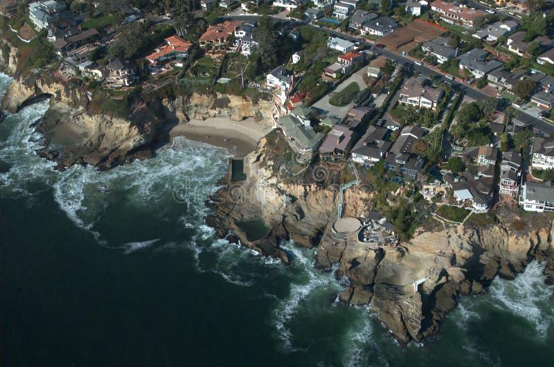 Luftaufnahme des Laguna Beach stockfotos