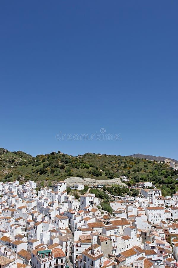 Luftaufnahme des spanischen Pueblos oder der Stadt lizenzfreie stockfotos