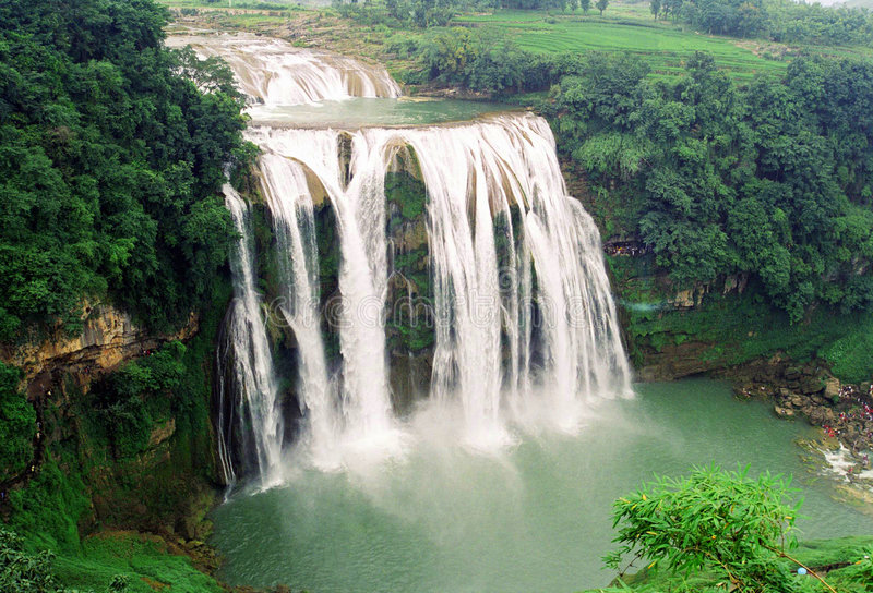 Luftaufnahme des Wasserfalls stockfoto