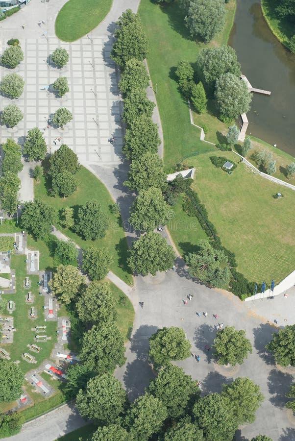 Luftaufnahme mit Fußgängergehweg lizenzfreies stockfoto