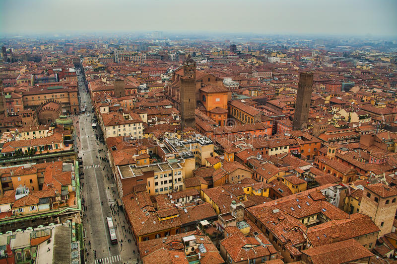 Luftaufnahme von Bologna lizenzfreie stockfotografie