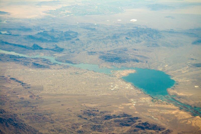 Luftaufnahme von Lake Havasu stockbild