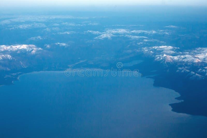 Luftaufnahme von Lake Tahoe stockbilder
