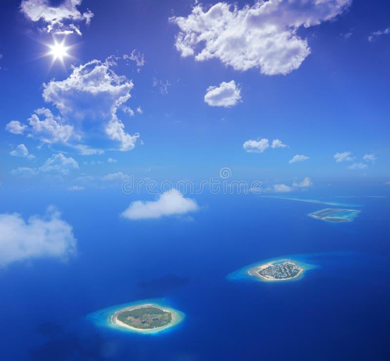Luftaufnahme von Maldives-Inseln, der Indische Ozean lizenzfreie stockfotografie