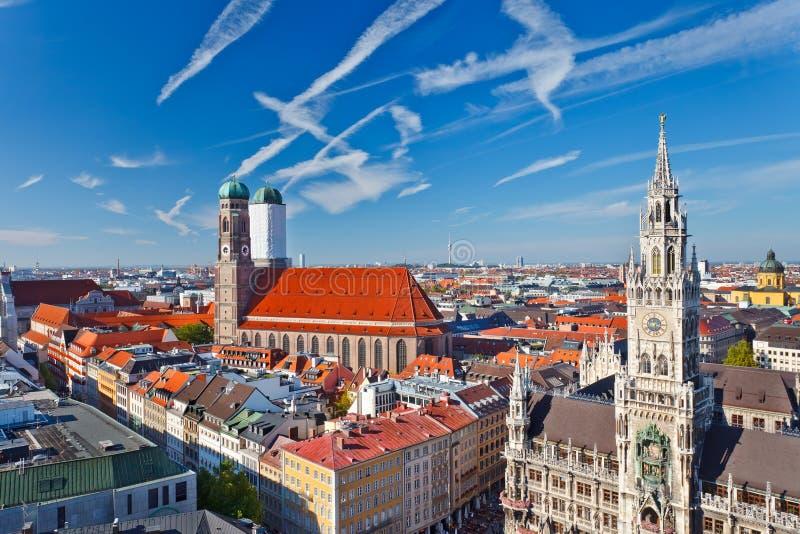 Luftaufnahme von Munchen lizenzfreie stockfotografie